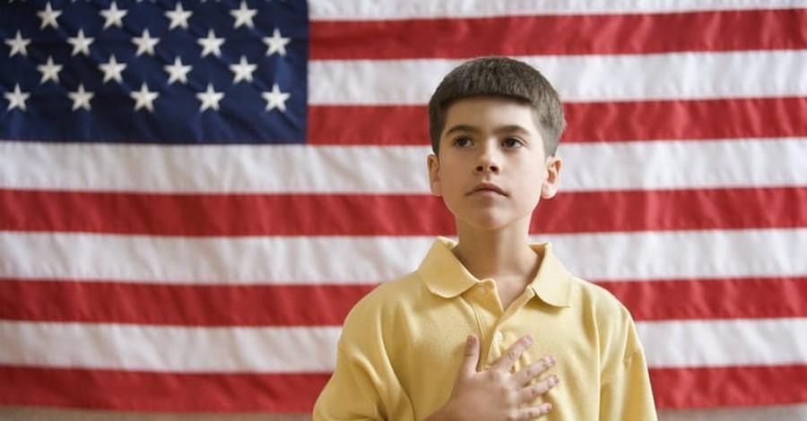 School Eliminates Pledge of Allegiance to Unite Parents, Then Changes Course