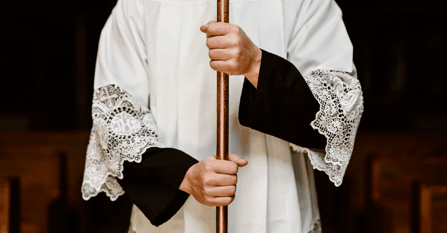 Pennsylvania Grand Jury Finds Evidence that Hundreds of Priests have Committed Child Molestation