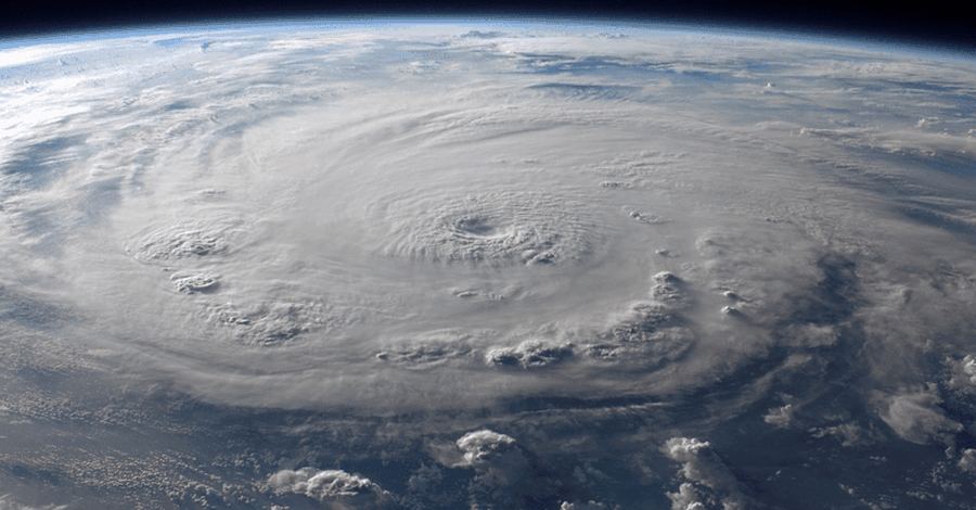 Category 4 Hurricane Headed Toward Hawaii