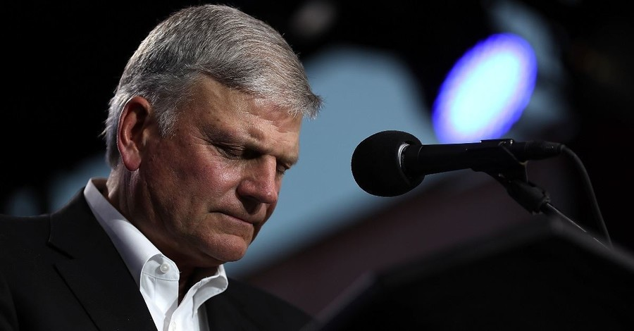 16,000 People Pack the House at Franklin Graham Revival Weekend