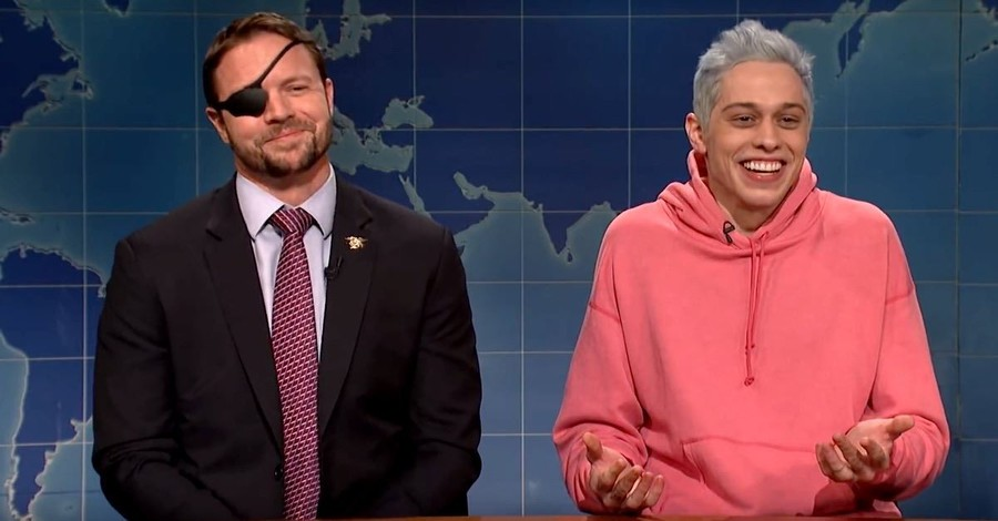 Congressman-Elect Dan Crenshaw Roasts Pete Davidson on <em>Saturday Night Live</em>
