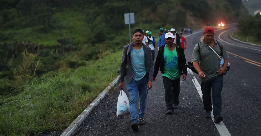 350 Migrants from the Central America Caravan Arrive at the US Border
