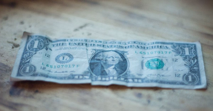 Dave Ramsey Tells Pastors to Stop Asking 'Broke' People to Tithe