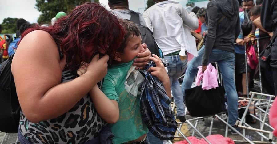 U.S. Border Agents Use Tear Gas on Migrants Breaching the Fence, Trump Prepares to Close U.S.-Mexico Border