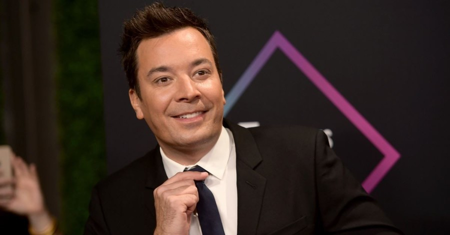 Jimmy Fallon Thanks Operation Blessing as They Help a Family Rebuild Their Home Destroyed by Hurricane Florence