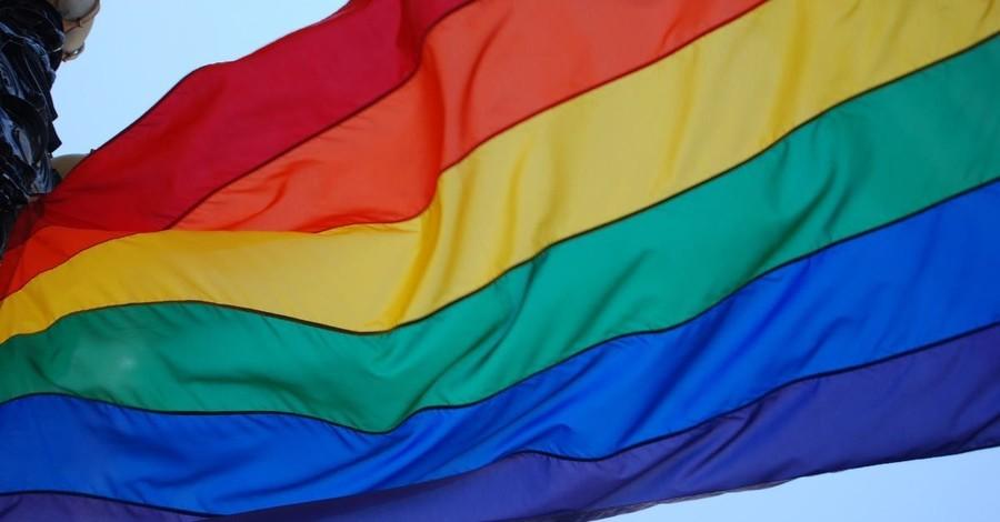 Franklin Graham Backs Teacher Fired for Not Using Transgender Pronouns