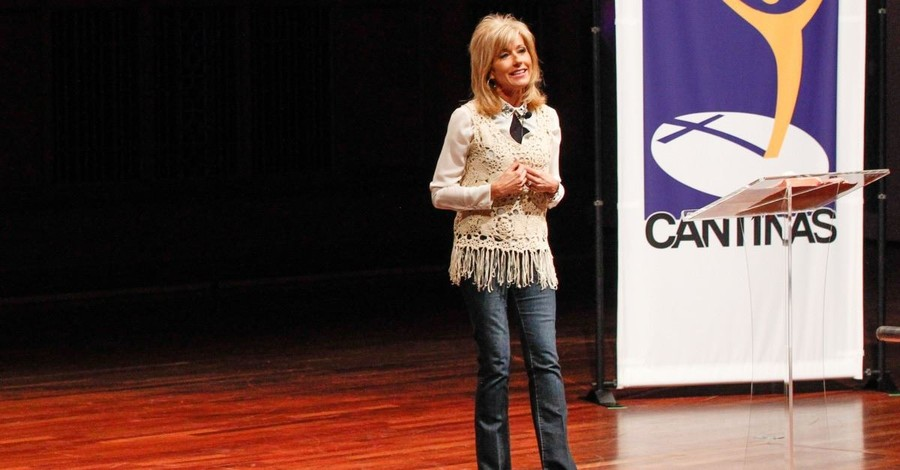 Beth Moore Under Fire, Says, 'Spending Time with God and Spending Time with the Bible Are Not the Same Thing'