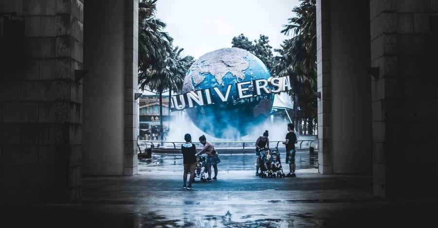 Universal Studios Hosts Florida's Biggest Christian Music Festival