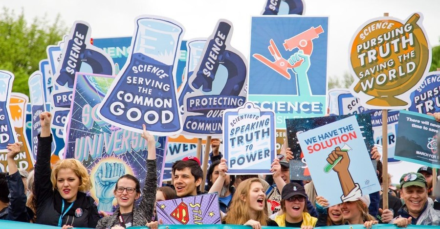 Can Science Explain Everything?: John Lennox vs. Scientism
