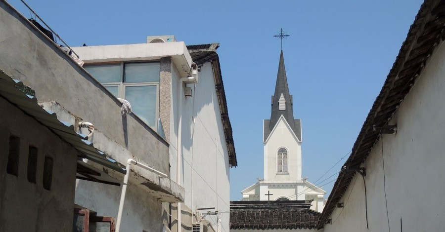 Couple Beaten, Congregation Member Missing in Persecution of Church in China
