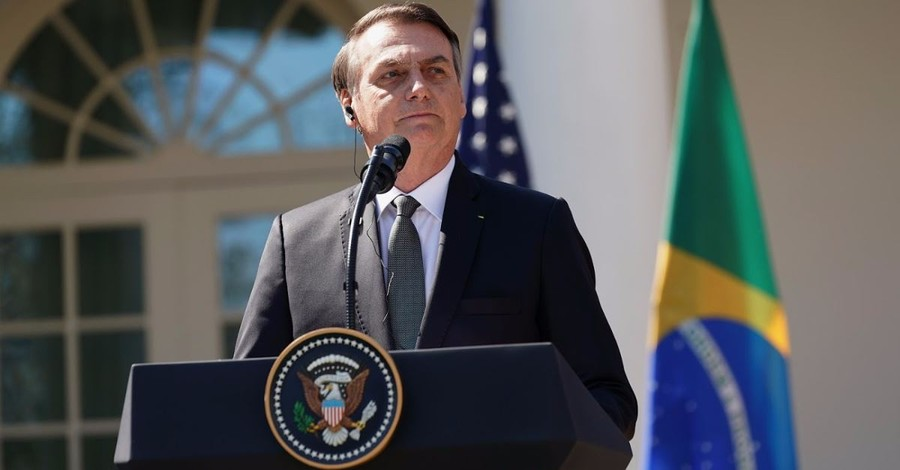 Evangelical Leaders Meet with, Pray over Brazil's President Jair Bolsonaro