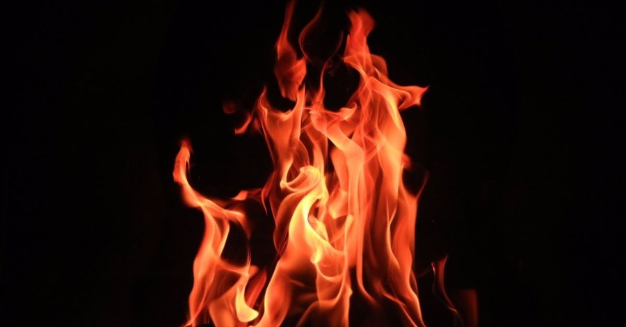 Woman Writes 'Satan Lives' on Door of Two Churches as She Sets Them on Fire