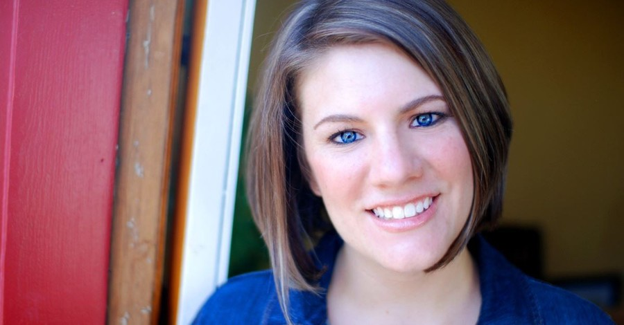 Progressive Christian Leader Rachel Held Evans Dies at 37