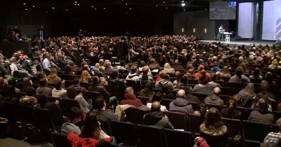 Harvest Bible Chapel Apologizes as it Installs New Elder Board