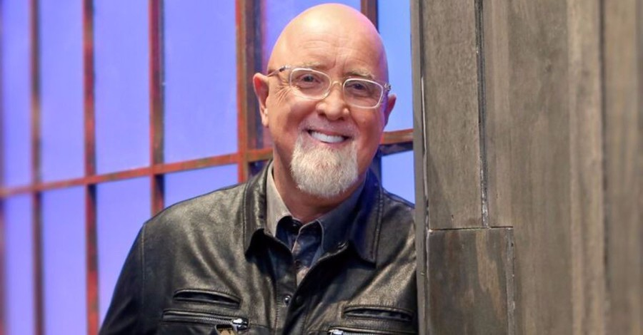Megachurch Pastor James MacDonald Under Investigation for Allegedly Seeking out Hitman