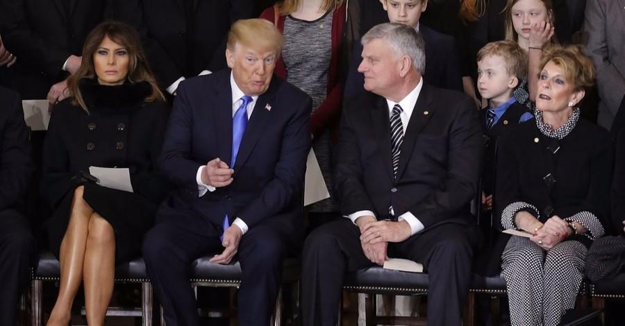 Franklin Graham Calls for Day of Prayer for President Trump on June 2
