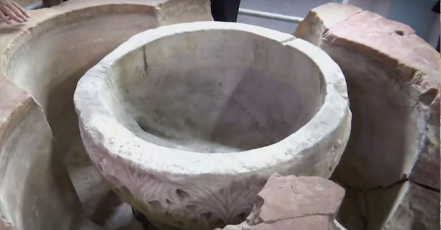 Palestinians Discover New Baptismal Font in Church of the Nativity in Bethlehem