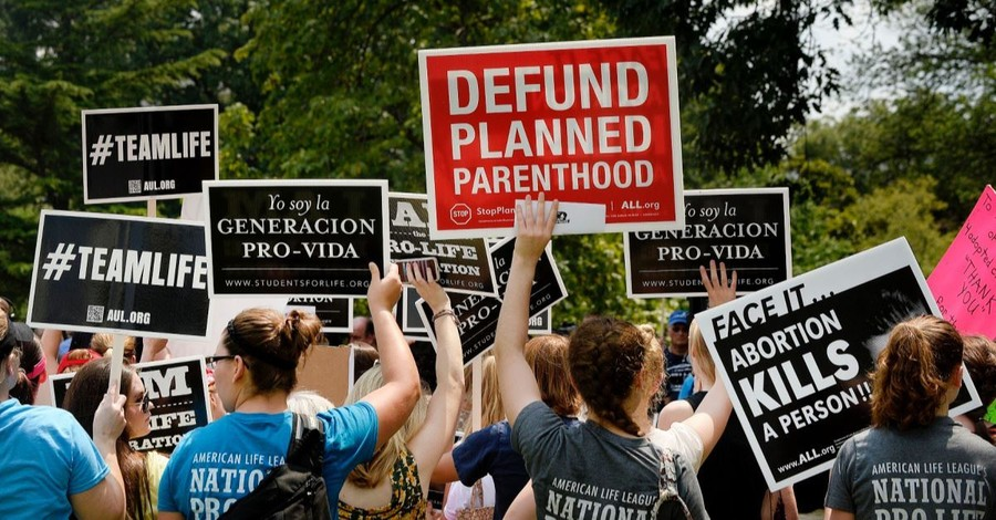 Court OKs Trump Rule Defunding $60 Million from Planned Parenthood