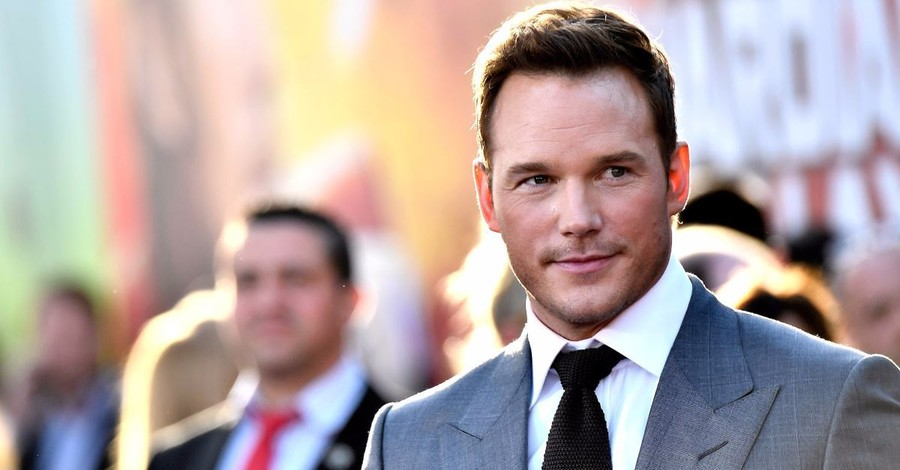 British News Outlet Accuses Chris Pratt of Racism for Wearing 'Don't Tread on Me' Shirt