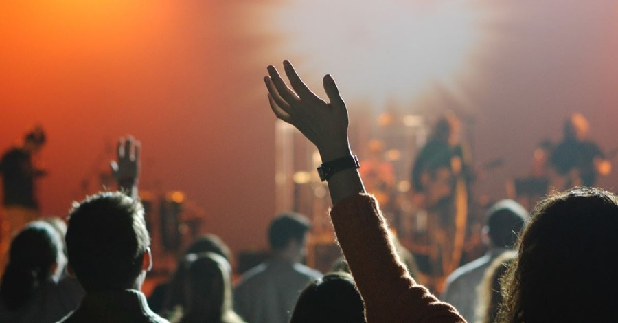 The 5 Most Popular Church Worship Songs Revealed in New Data