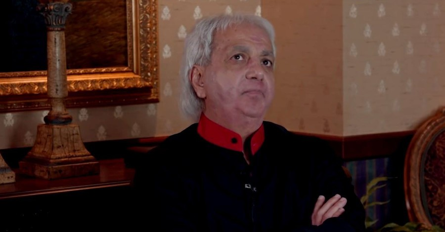 Prosperity Gospel Has 'Damaged a Lot of People,' Benny Hinn Says in New Interview