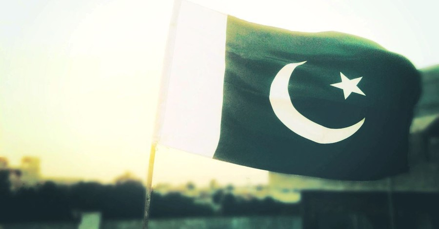 15-Year-Old Girl Abducted, Forced to Convert to Islam in Pakistan