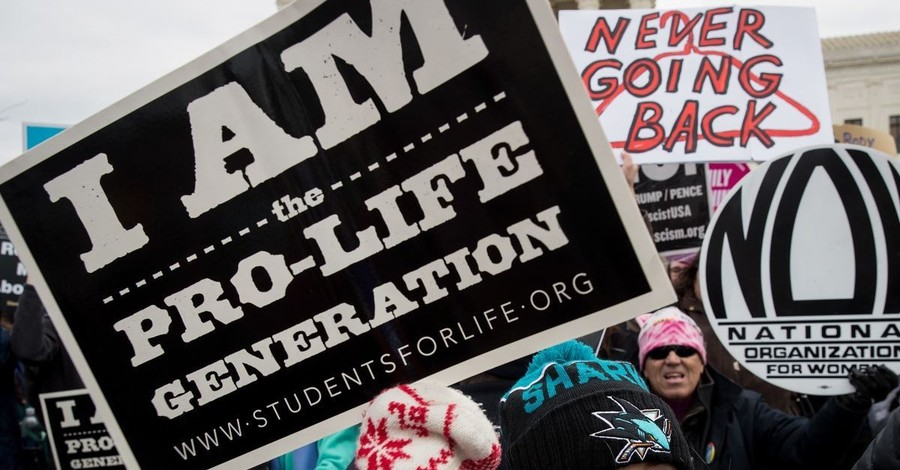 Appeals Court Upholds Ban of Protests Outside Abortion Clinics But Says Pro-Life Counseling Is Still Allowed