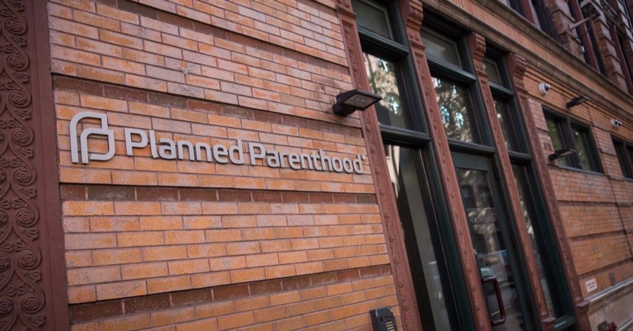 876 Pro-Abortion Clinics Have Lost Federal Funding under Trump Pro-Life Rule