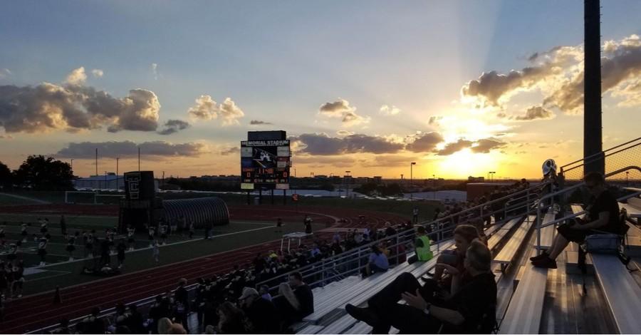 Appeals Court Overturns Ban on Prayer before Florida High School Football Games