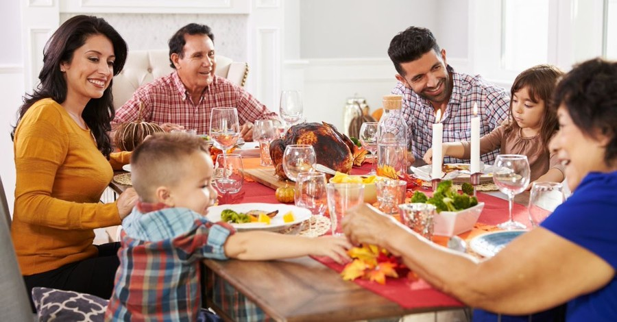 Talking Worldview at Thanksgiving: Tips for Good Conversations