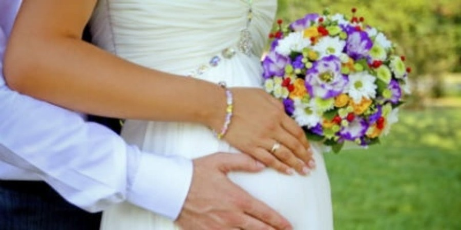 Shotgun Weddings Give Way to Cohabitation in Surprise Pregnancies