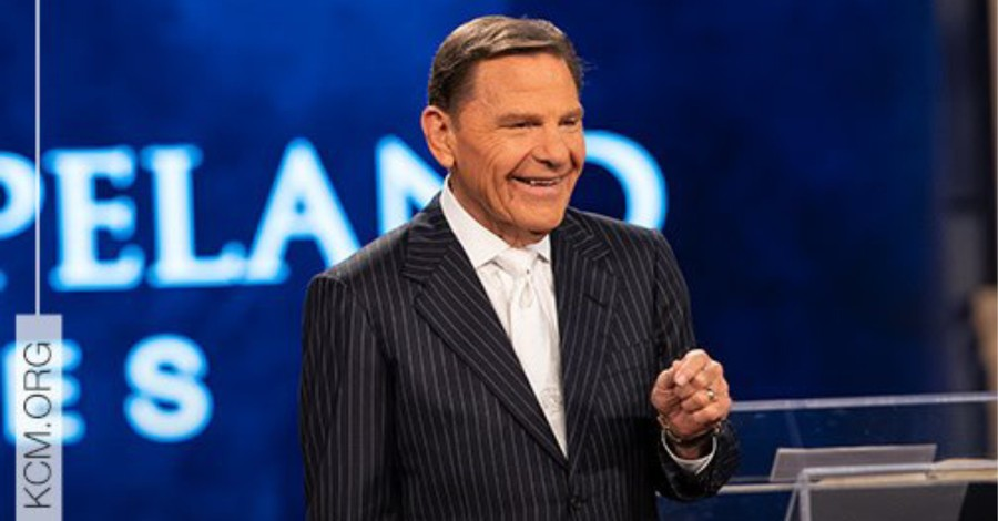Kenneth Copeland Calls for 'Supernatural Heatwave' to Kill the Coronavirus