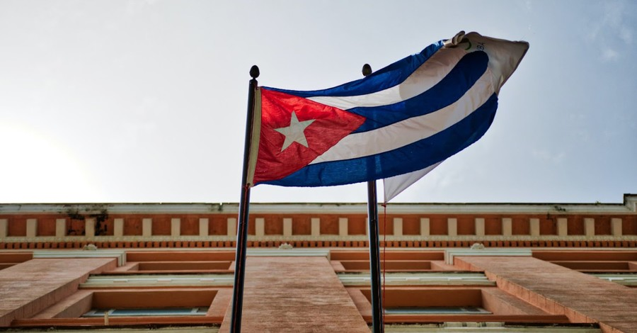 Cuba Releases Christian Homeschool Mom Imprisoned for Refusing to Send Kids to Government Schools