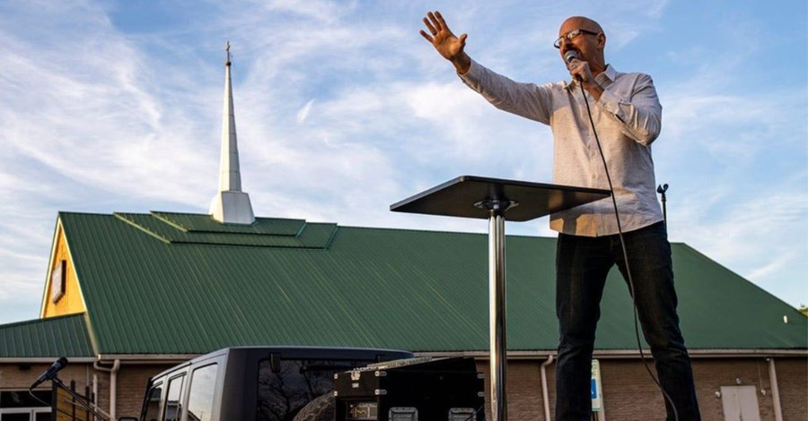Louisville Drops Ban, Allows Church to Hold Drive-In Services