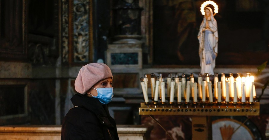 Mass in Italy, Mass opening up to the public again in Italy