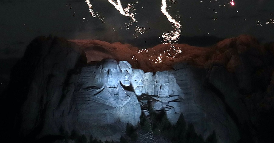Mt. Rushmore, Trump vows to protect America