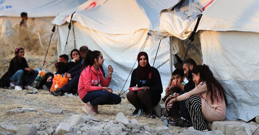 Iraqi and Syrian refugees, Evangelical groups call out the Trump Administration for putting Christians in danger