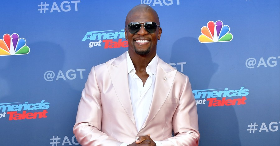Terry Crews, Crews calls for Pornhub to be defunded