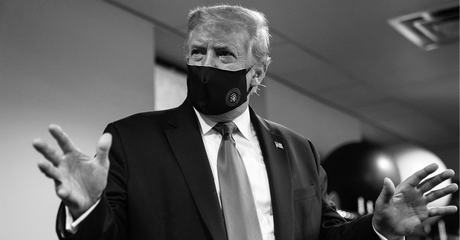 Donald Trump, Trump encourages Americans to wear masks