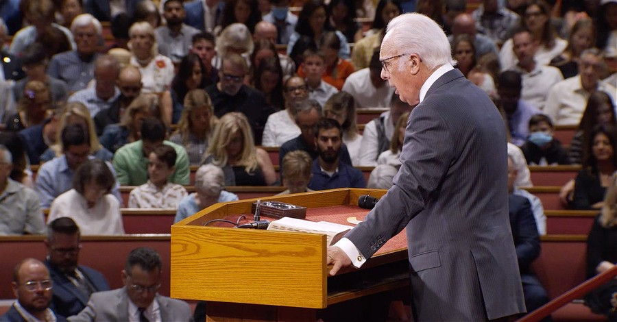 John MacArthur's church, Does the Bible trump public health orders?