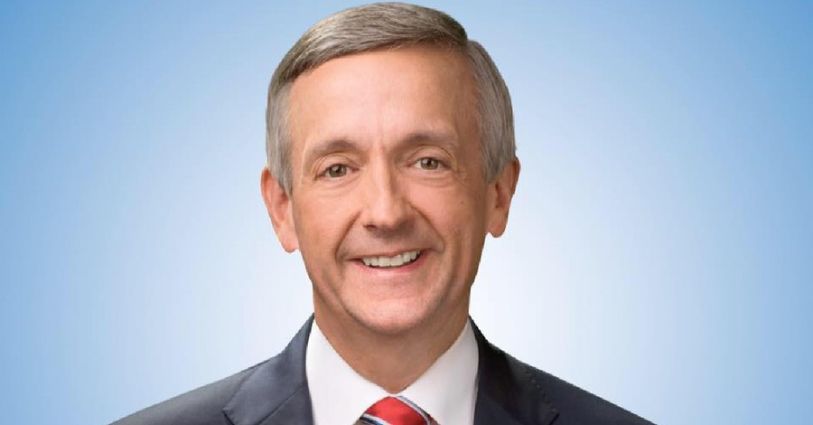 Pastor Robert Jeffress, Jeffress says evangelicals who vote for Biden have sold their soul to the Devil