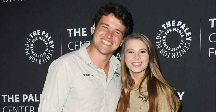 Bindi Irwin and Chandler Powell, Irwin and Powell announce their pregnancy