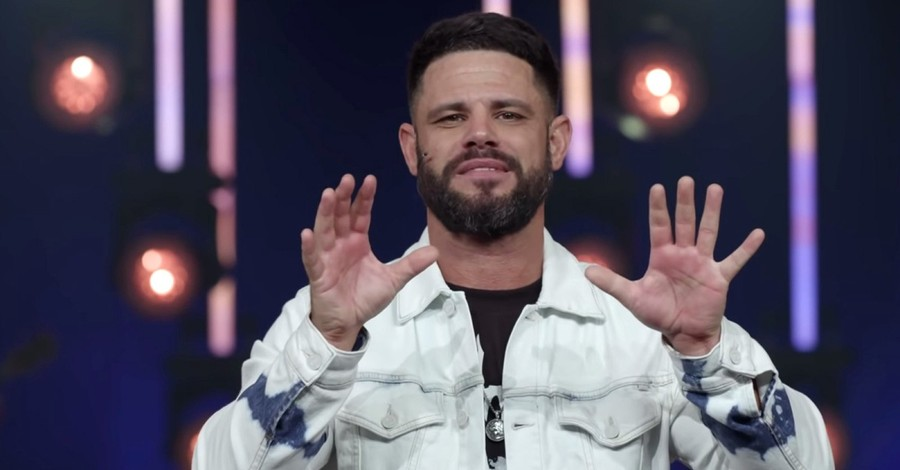 Steven Furtick, Furtick to replace Kenneth Copeland on TBN