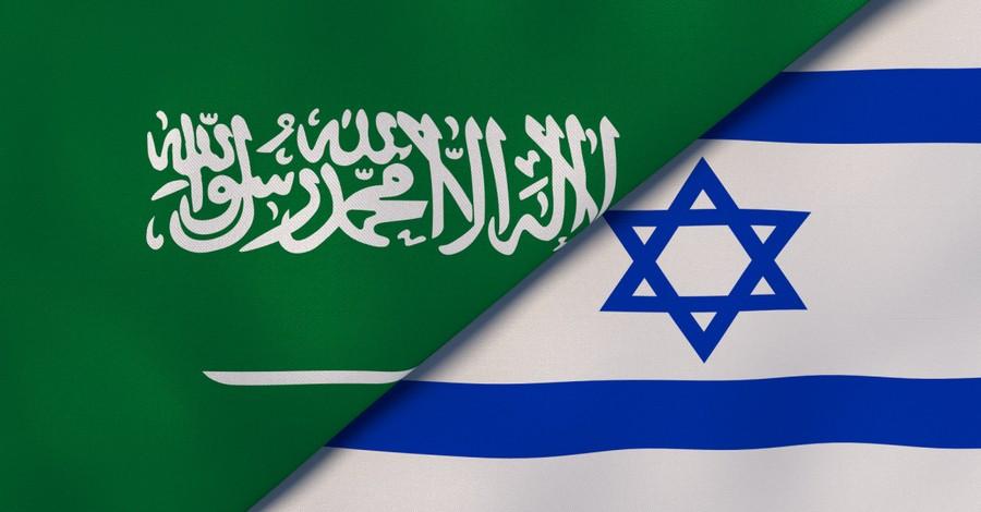 Saudi Arabia and Israel flags, Israel and Saudi Arabia appear to making strifes in peace talks
