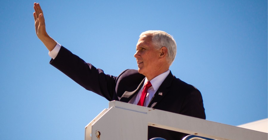 Mike Pence, Pence stops in Atlanta to campaign