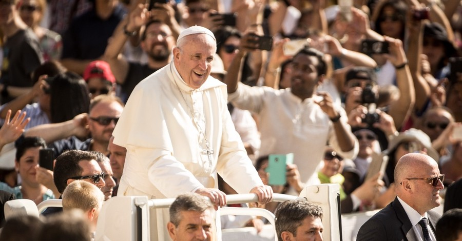 Pope Francis, Francis affirms same-sex civil unions