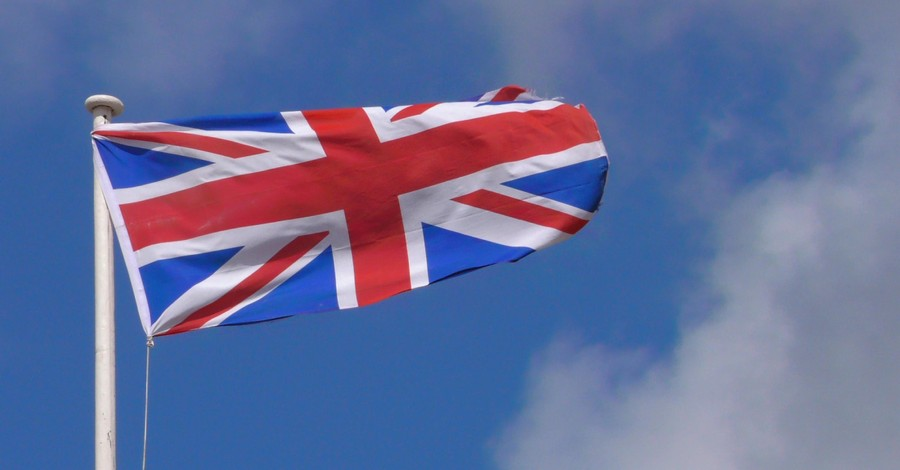 Union Jack, 120 faith leaders speak out against a ban on in-person church services in the UK