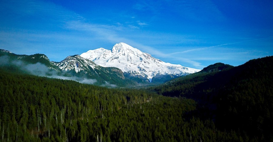 Mount Rainier, Hiker thanks God for his life after being found unconscious by rescuers