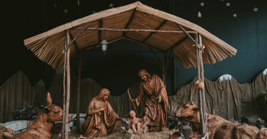 A nativity, Lee Strobel explores the history of Jesus' birth
