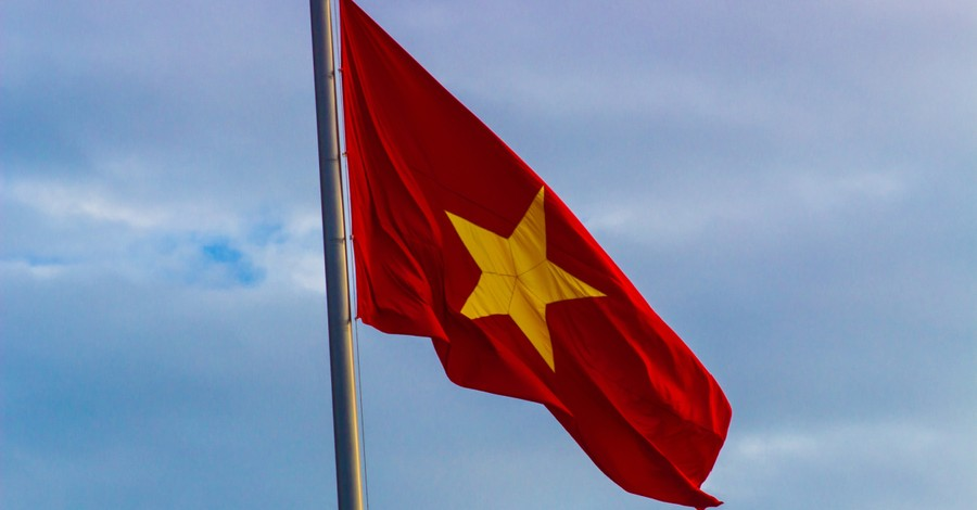 Vietnamese flag, Vietnam denies permission for ECVN to hold clergy assembly